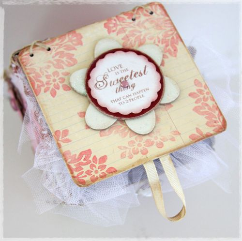 Lace up gift box top