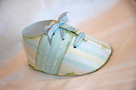 Baby_boy_shoe