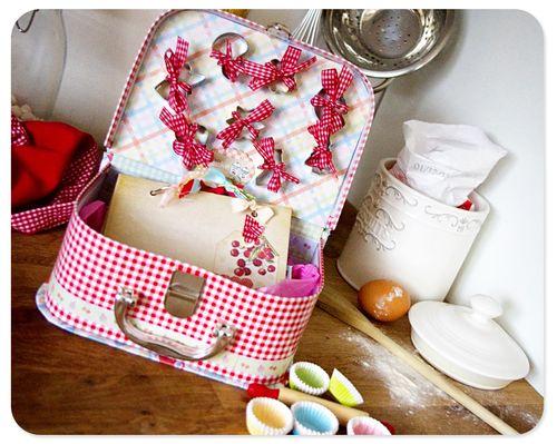 Kitschy Kitchen lunch box
